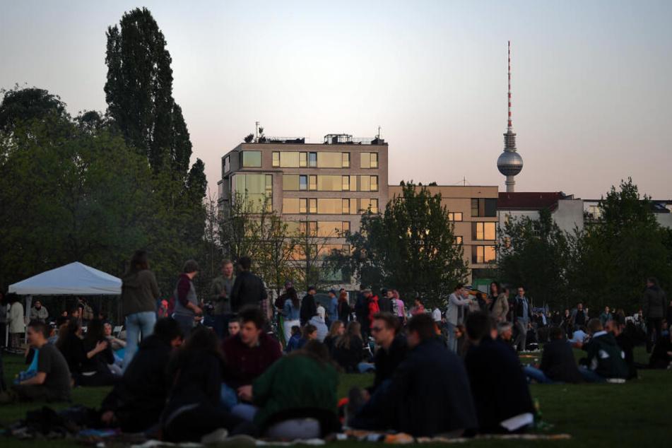 Das Walpurgisnacht-Fest im Mauerpark wird dieses Jahr nicht stattfinden (Archivbild).