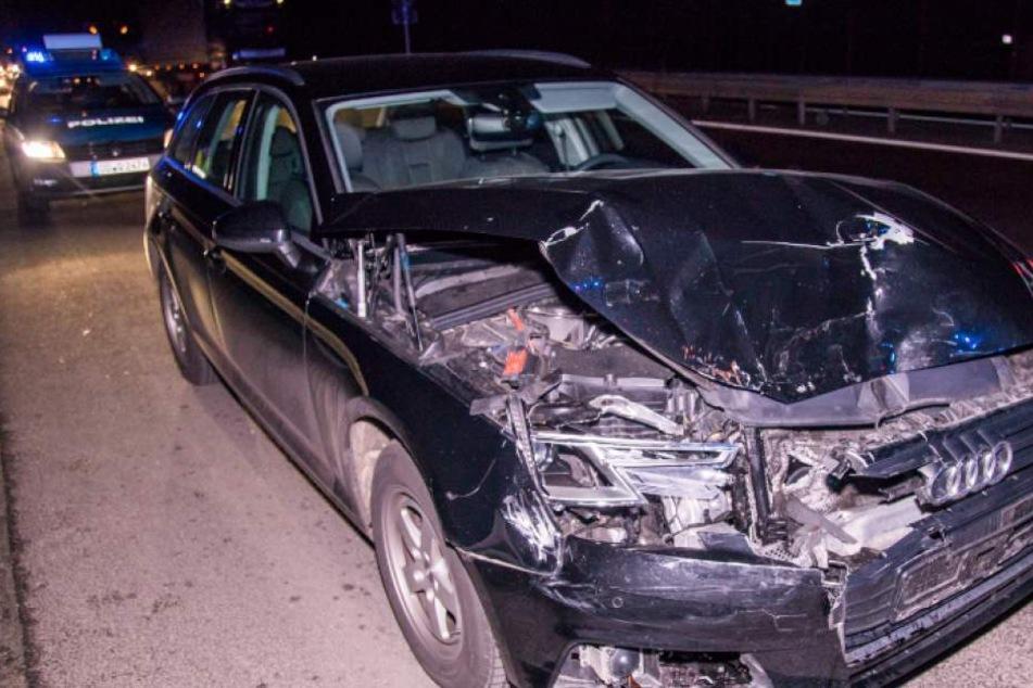 Der Audifahrer krachte mit voller Wucht in einen vorausfahrenden Hyundai.