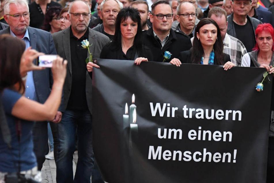 Trauermarsch für toten Markus B.: So verlief der Demo-Montag in Köthen