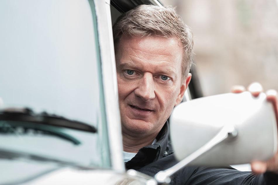 Schauspieler Michael Kessler muss sich als Taxifahrer durchschlagen