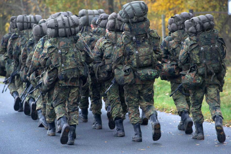 Soldat nach Sexualtat-Ermittlungen vom Dienst suspendiert