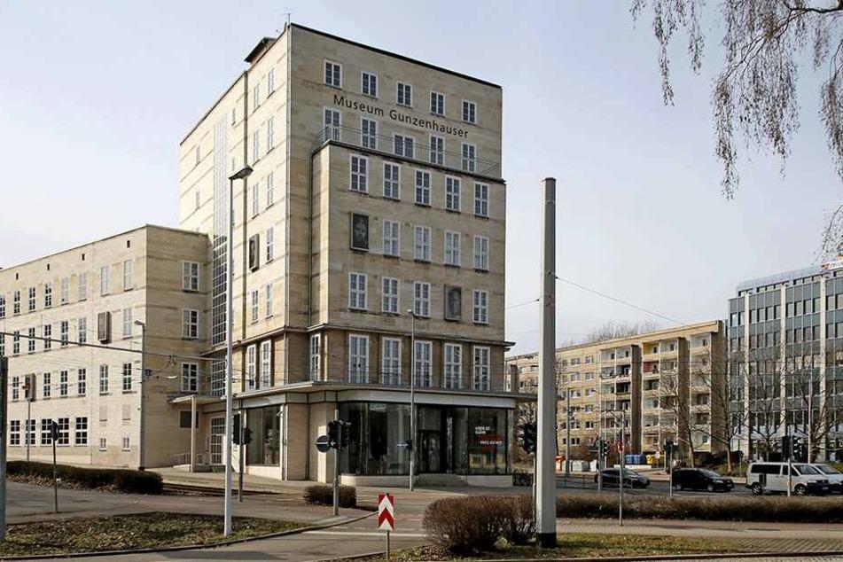 Der 1930 erbaute Chemnitzer Sparkassen-Hauptsitz wurde von 2005 bis 2007 zum Museum Gunzenhauser umgebaut.