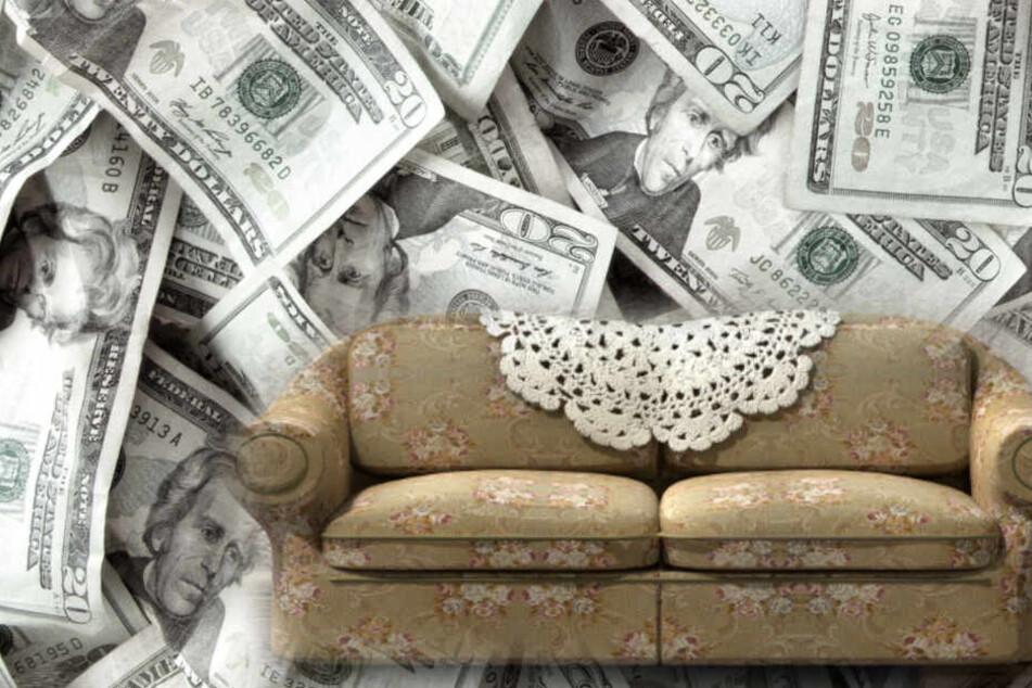 Wahnsinniger Fund in Second-Hand-Couch: Ungemütliches Sofa sorgt für Geldsegen