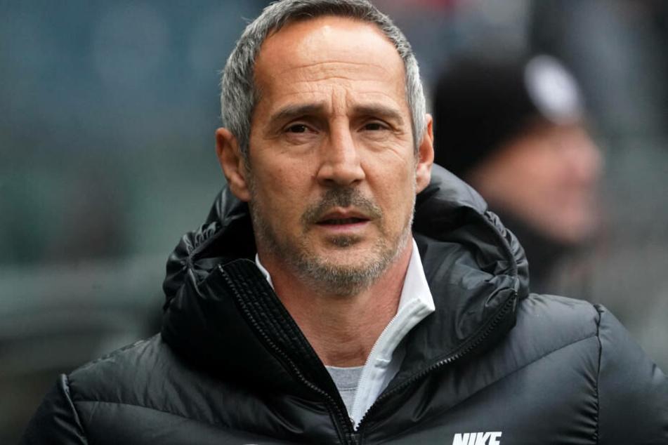 Adi Hütter hat die schwachen Leistungen seiner Mannschaft zum Ende der Hinrunde nicht vergessen.