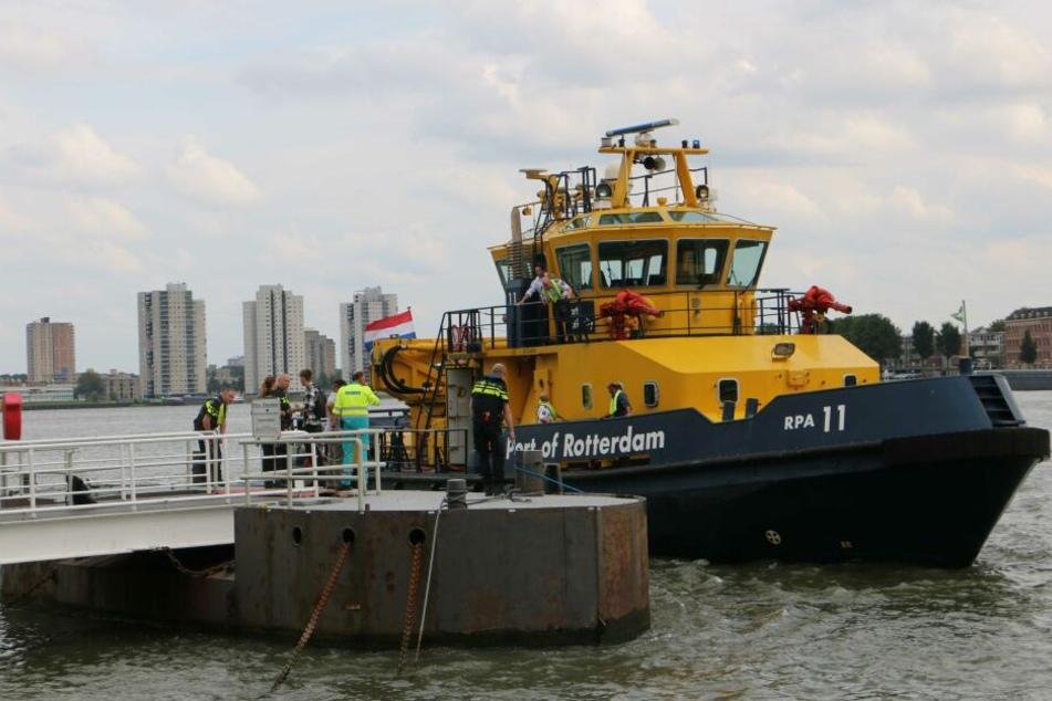 In Rotterdam hat sich am Freitag ein tödlicher Bootsunfall ereignet.