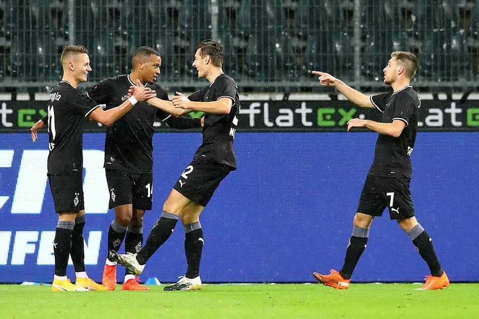 Hannes Wolf (l.) erzielte den 1:0-Siegtreffer gegen seinen eigentlichen Arbeitgeber RB Leipzig.