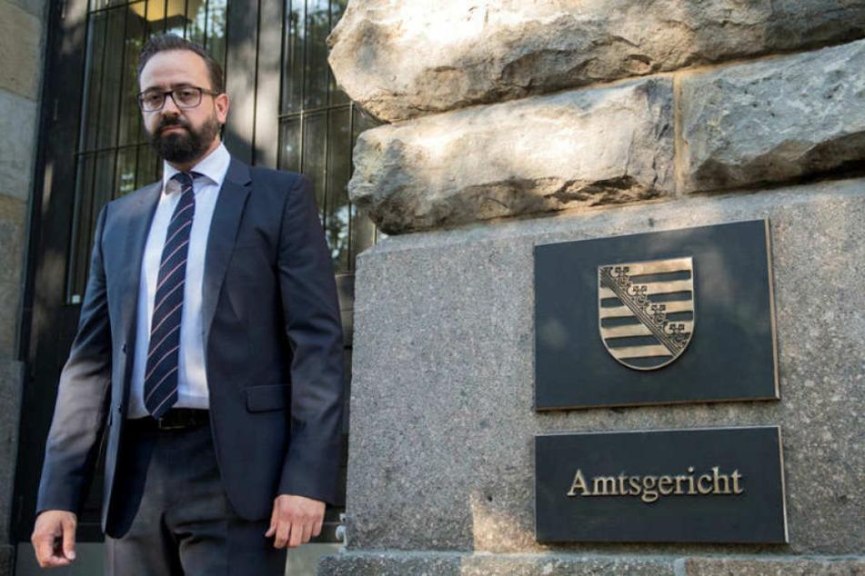 Sachsens Justizminister Sebastian Gemkow (CDU) vor dem Leipziger Amtsgericht, wo er als Zeuge gehört wurde.