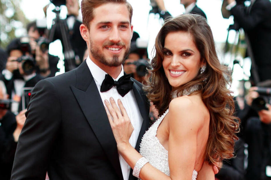 Für viele im wahrsten Sinne des Wortes ein schönes Paar: Izabel Goulart und Kevin Trapp, aufgenommen bei den Internationalen Filmfestspielen in Cannes im Mai 2017.
