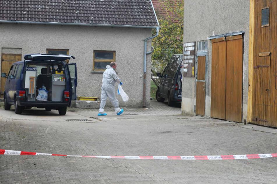 Verbrechen wahrscheinlich: Vater findet Leiche seiner Tochter