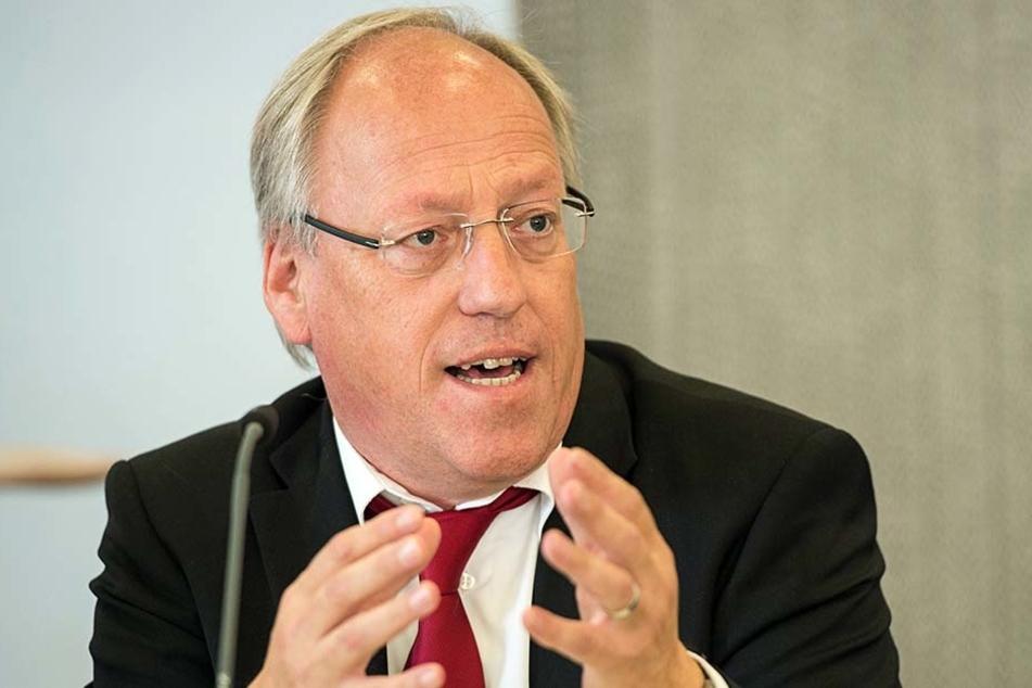 Bielefelds Bürgermeister Pit Clausen hält nichts von der AfD.
