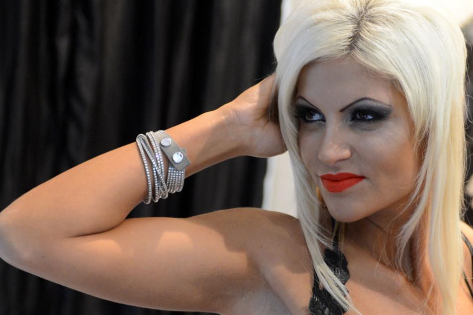 Sophia Vegas (31)