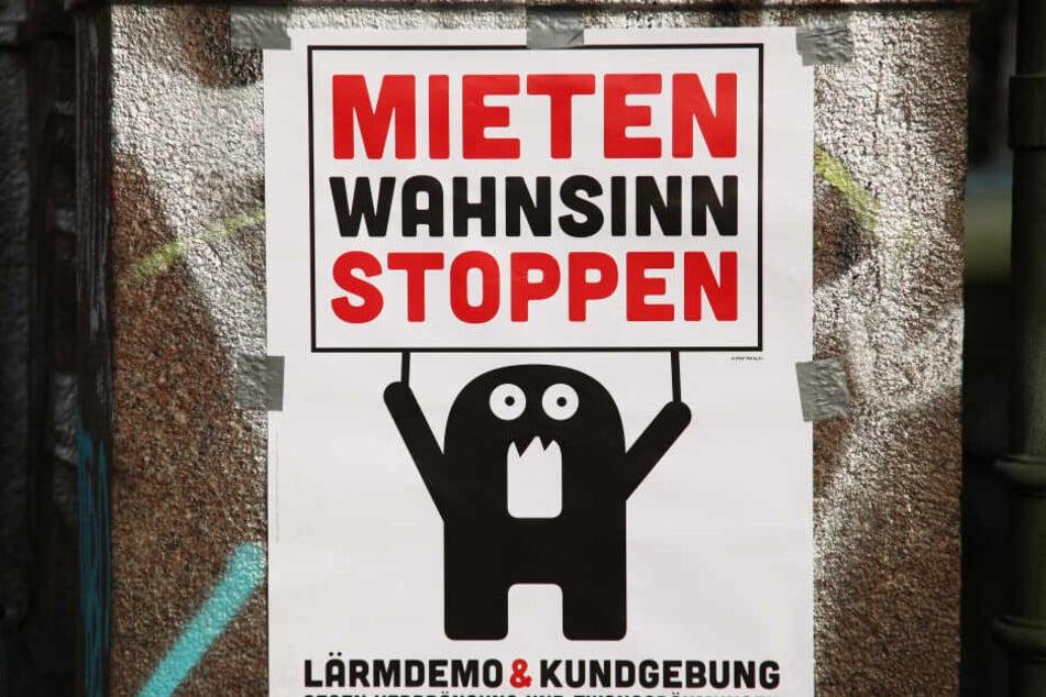 Das Problem ist seit Jahren bekannt: Dieses Plakat ist aus 2014 aus Berlin - doch getan haben Politiker bislang wenig.