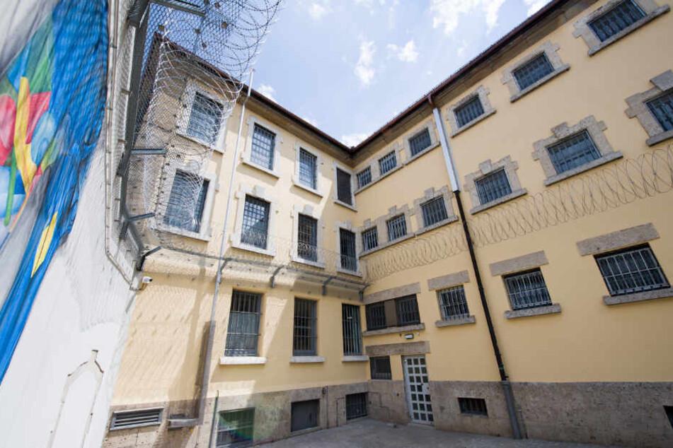 Der Gefängnishof der Abschiebehaftanstalt in Eichstätt (Bayern).