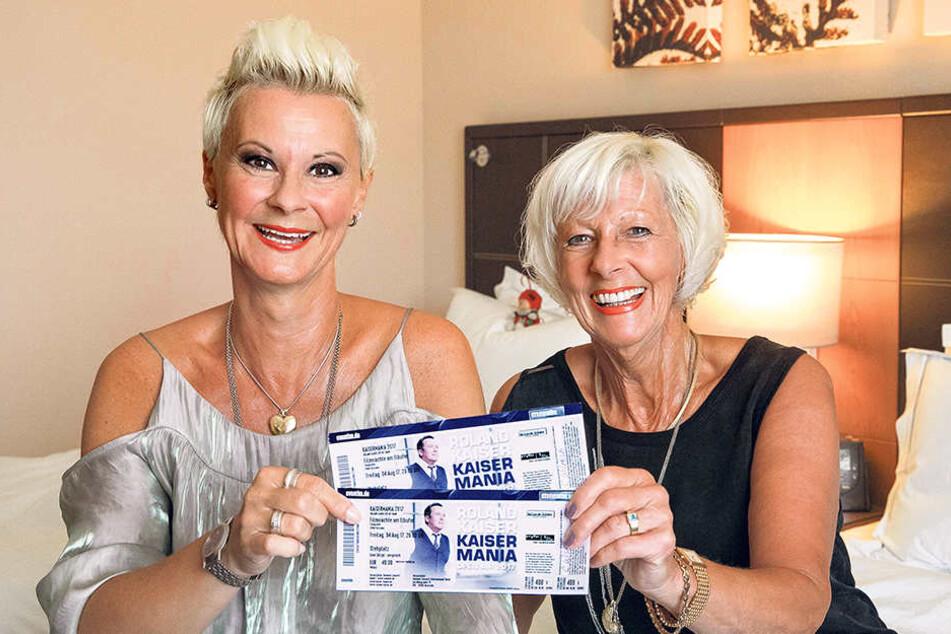 """Einmal Kaiser, immer Kaiser: Das sind nur zwei ihrer insgesamt acht Konzerttickets, die Claudia Wilhelm (45) und ihre Mutti Christine (68) für die """"Kaisermania 2017"""" gekauft haben."""