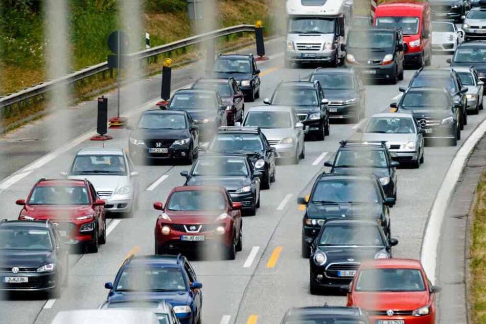 Die Autobahn 7 wird bis Montagmorgen in Richtung Flensburg gesperrt.