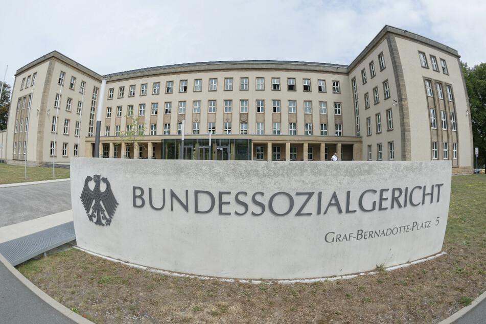 Traumatisiert durch Amok und Suizid-Einsätze: Ex-Rettungssanitäter klagt vor Bundessozialgericht