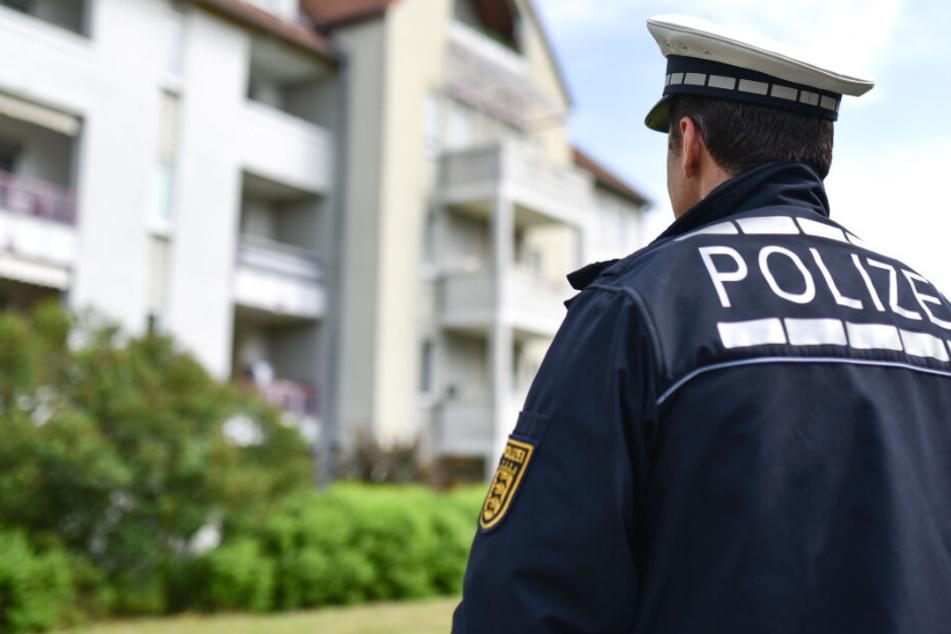 Die Polizei war zu einem Familienstreit gerufen worden, doch das endete schmerzhaft. (Symbolbild)