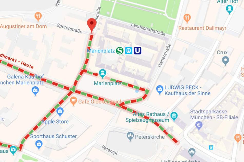 Eine 77 Jahre alte Frau ist nach einem Sturz am U-Bahnhof Marienplatz gestorben.