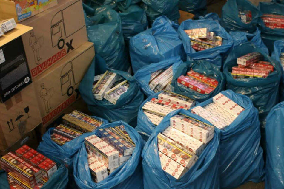 Die Kriminalpolizei Rüsselsheim stieß auf Zigaretten im Wert von mehr als 100.000 Euro.