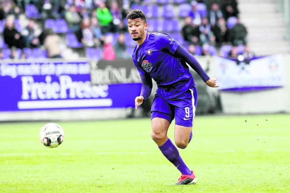 Will mit seinen Jungs morgen in Kiel den dritten Auswärtsdreier in Folge einfahren: Emmanuel Iyoha. Im Hinspiel erzielte er sein erstes Tor für den FCE.