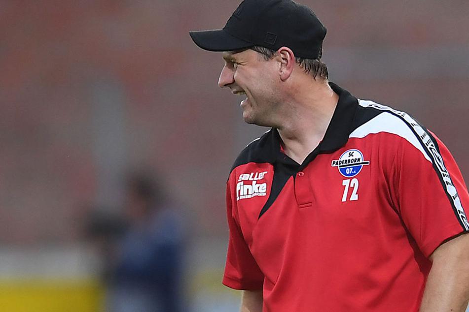 Hat allen Grund zum Lachen: SCP-Trainer Steffen Baumgart ist bisher ungeschlagen.