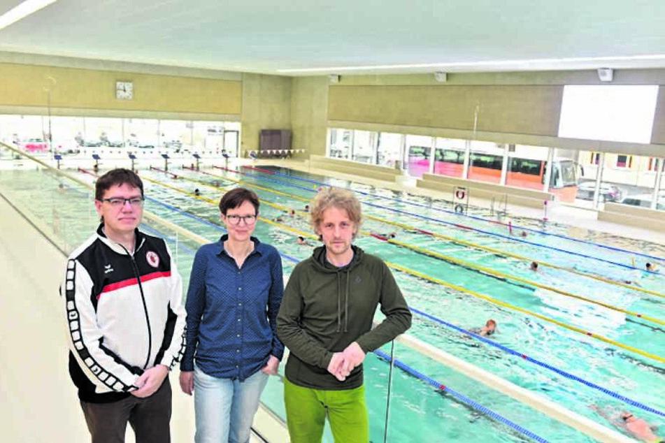 DSC-Nachwuchschef Dirk Oehme (49, v.l.) sowie die Grünen-Stadträte Ulrike Caspary (50) und Torsten Schulze (48).