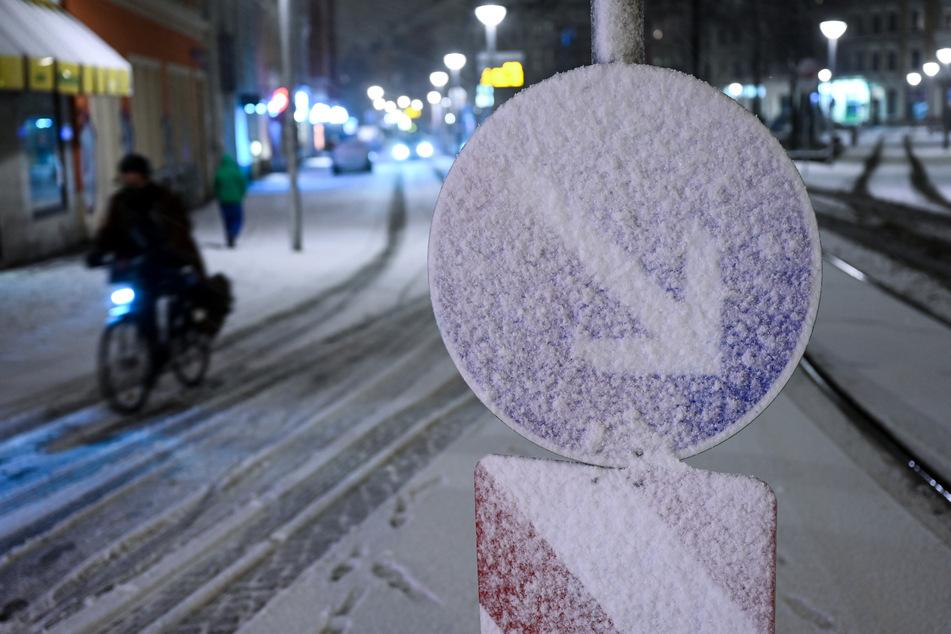 Innerhalb weniger Minuten war am Mittwochabend ganz Leipzig mit Schnee bedeckt.
