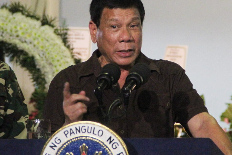 Der Präsident der Philippinen, Rodrigo Duterte (71), vergleicht seinen Kampf gegen die Drogen mit Hitlers Vernichtungskrieg gegen die Juden.