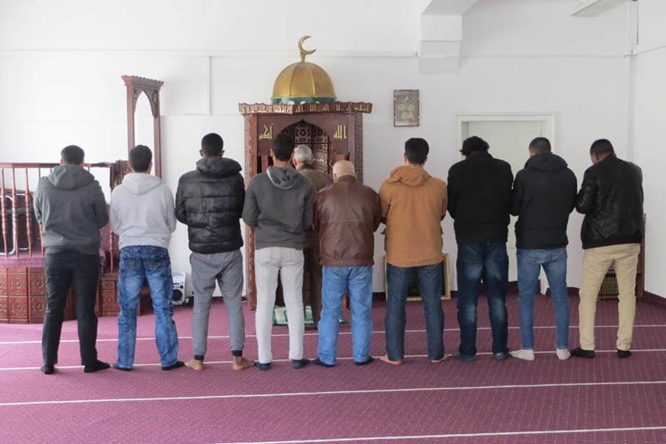 Die Stadt Görlitz untersagte die religiöse Nutzung, da das so nicht  angemeldet wurde. Der muslimische Gebetsraum ist nun geschlossen.