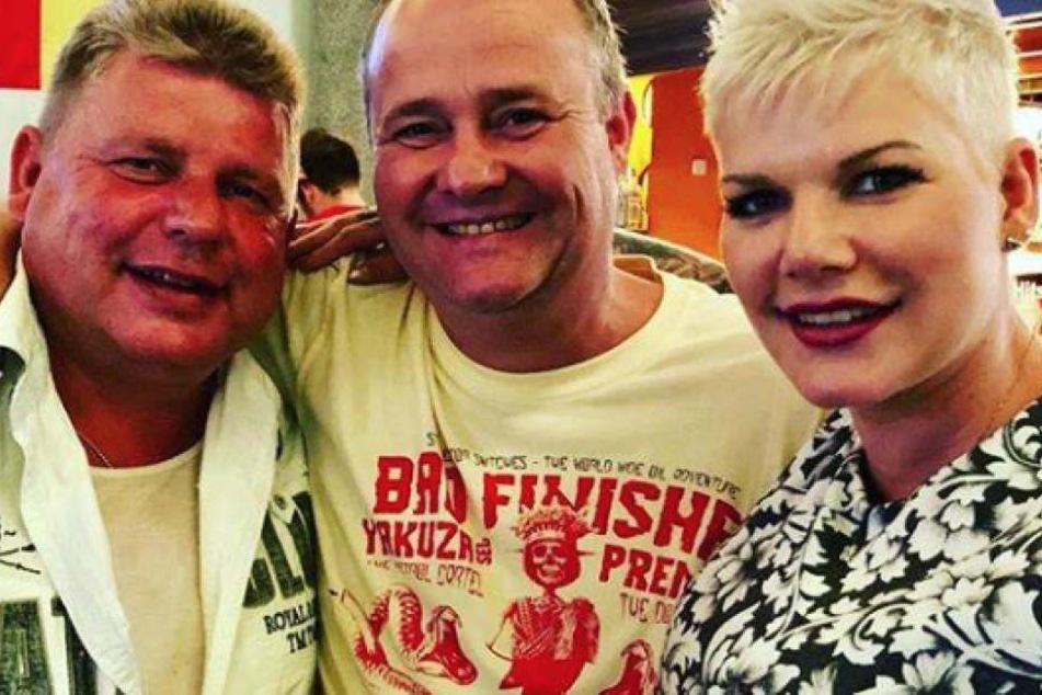 Liebe Tochter: Melanie Müller zusammen mit ihrem Papa (links) und DJ Düse (Mitte).