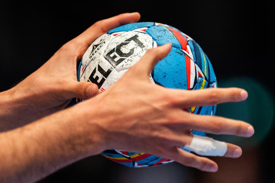 Gericht erkennt Meniskusschaden als Handball-Berufskrankheit an