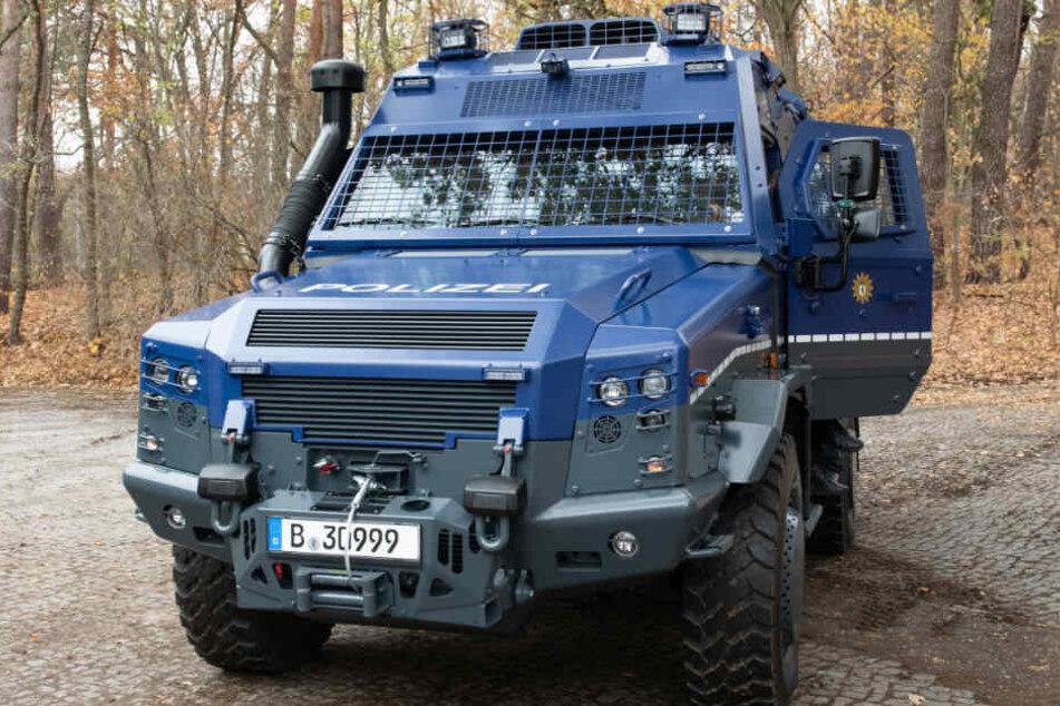 Die Berliner Polizei präsentierte am Mittwoch ihr neues Spezialfahrzeug.