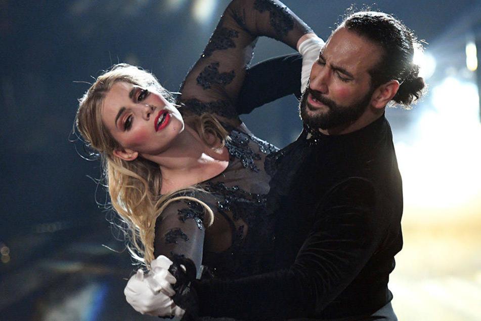 """Mit Angelina Kirsch holte sich der Startänzer den dritten Platz in der """"Let's Dance""""-Staffel von 2017."""