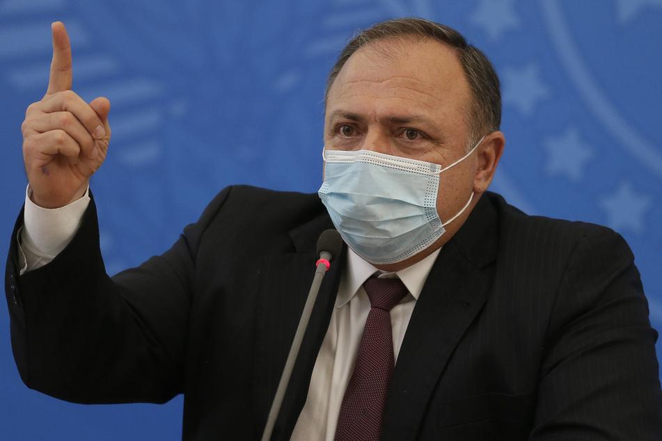 Eduardo Pazuello, Gesundheitsminister von Brasilien, spricht während einer Pressekonferenz.