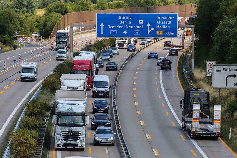 Typische Aufnahme einer Autobahn-Baustelle auf der A4 bei Dresden.