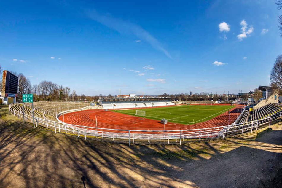Das Heinz-Steyer-Stadion wird saniert.