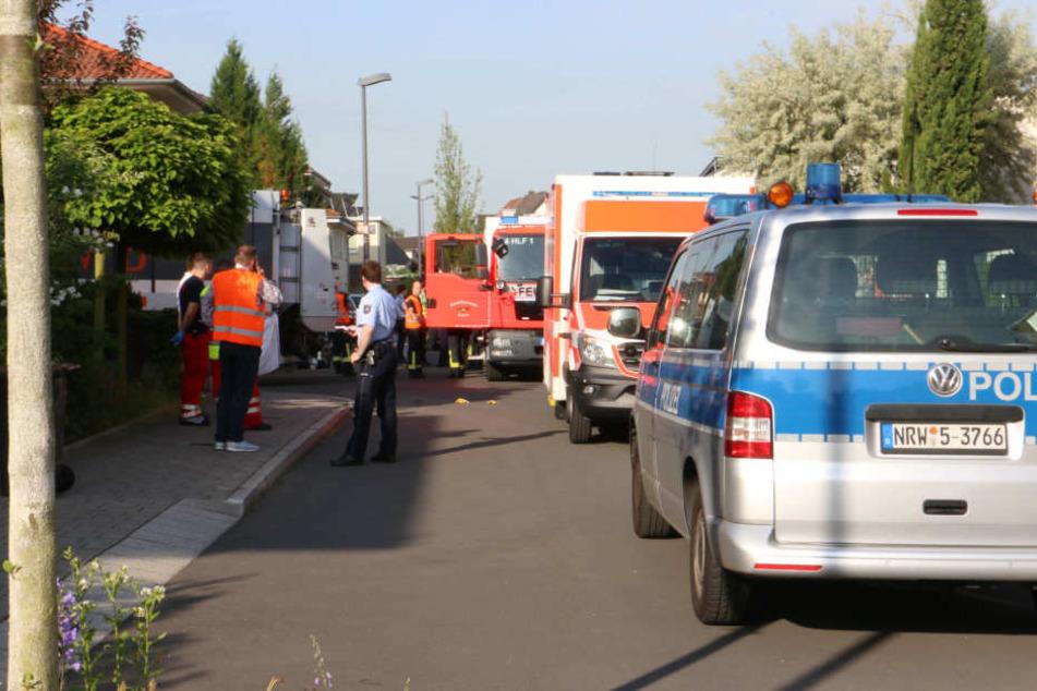 Polizei und Rettungskräfte sind vor Ort.