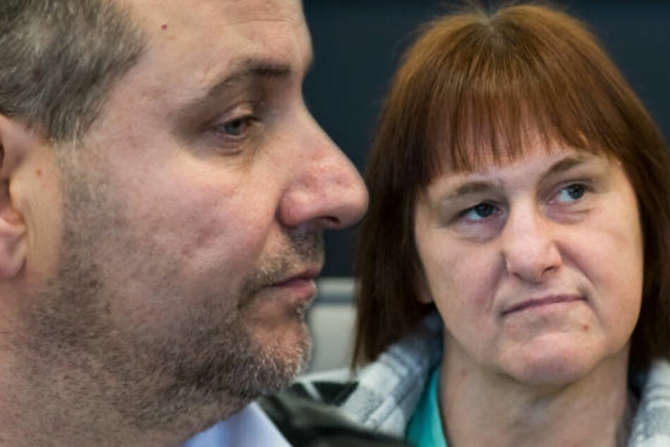 Wilfried und Angelika W. müssen sich vorm Landgericht Paderborn verantworten.
