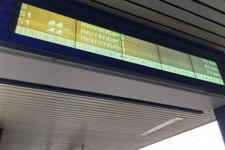 Der Stuttgarter Nahverkehr hat am Sonntagnachmittag mit Zugausfällen und deutlichen Verspätungen zu kämpfen.