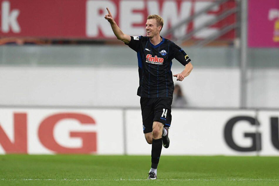 Torschütze Thomas Bertels jubelte nach seinem Treffer zum 1:0.