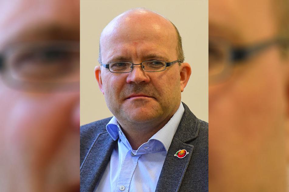 Der eigentlich recht erfolgreiche Obstland-Chef Michael Erlecke wurde über Nacht gefeuert. Jetzt kommt langsam Licht ins Dunkel