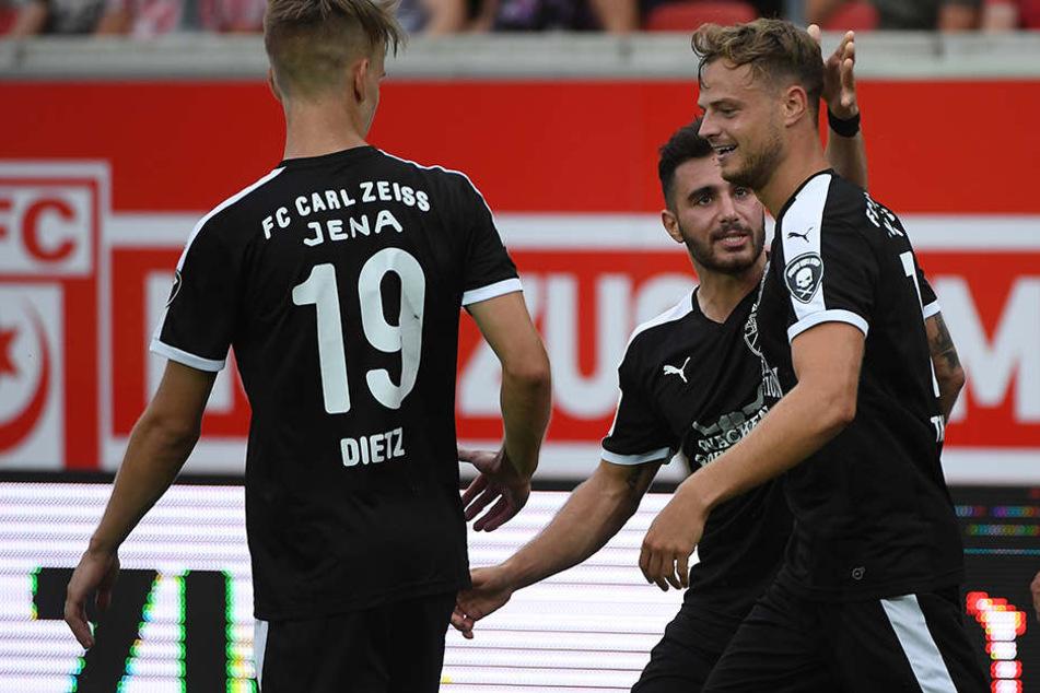 Der FC Carl Zeiss Jena kann am Abend nicht gegen die Würzburger Kickers antreten.