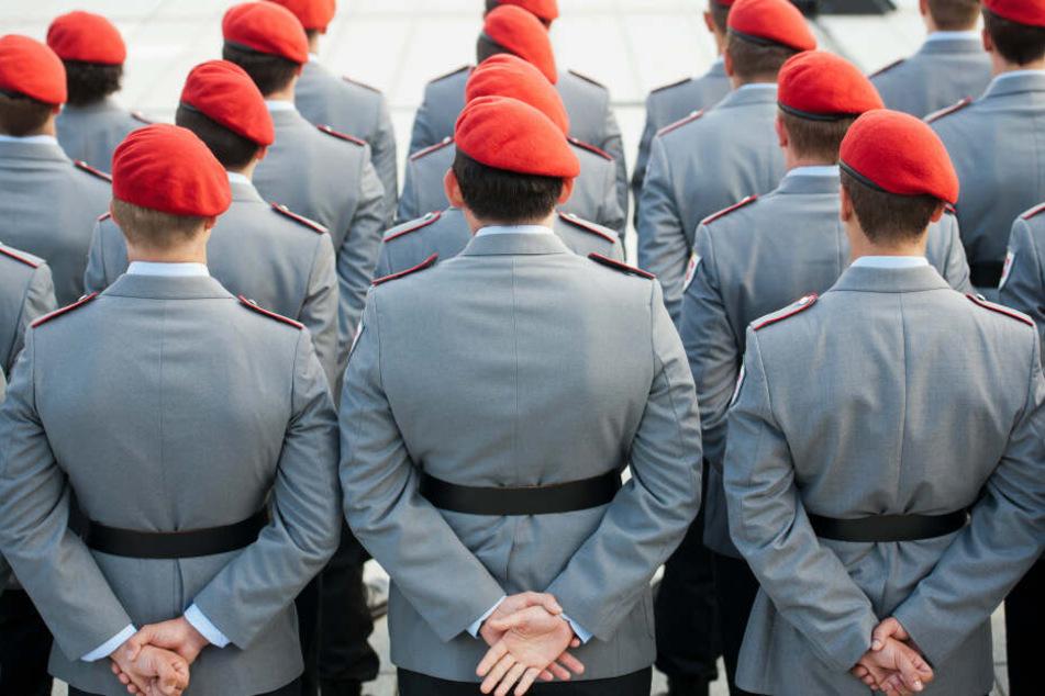Öffentliches Gelöbnis der Bundeswehr: Soldaten schwören in München Treue
