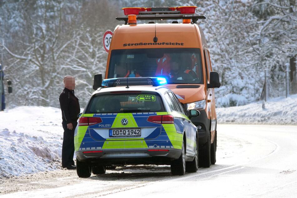 Eine mobile Corona-Teststation gibt es an der Grenze nicht. Die Polizei zieht stichprobenartig Fahrzeuge aus dem Verkehr.