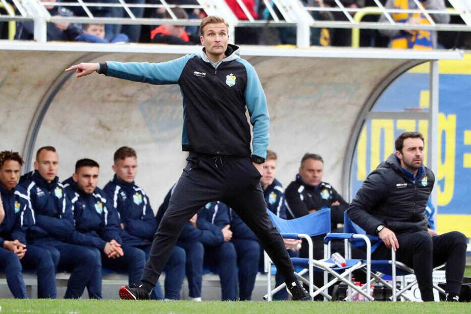 Kein Freund von Rechenspielen: CFC-Coach David Bergner bleibt vor der Partie in Nordhausen skeptisch.