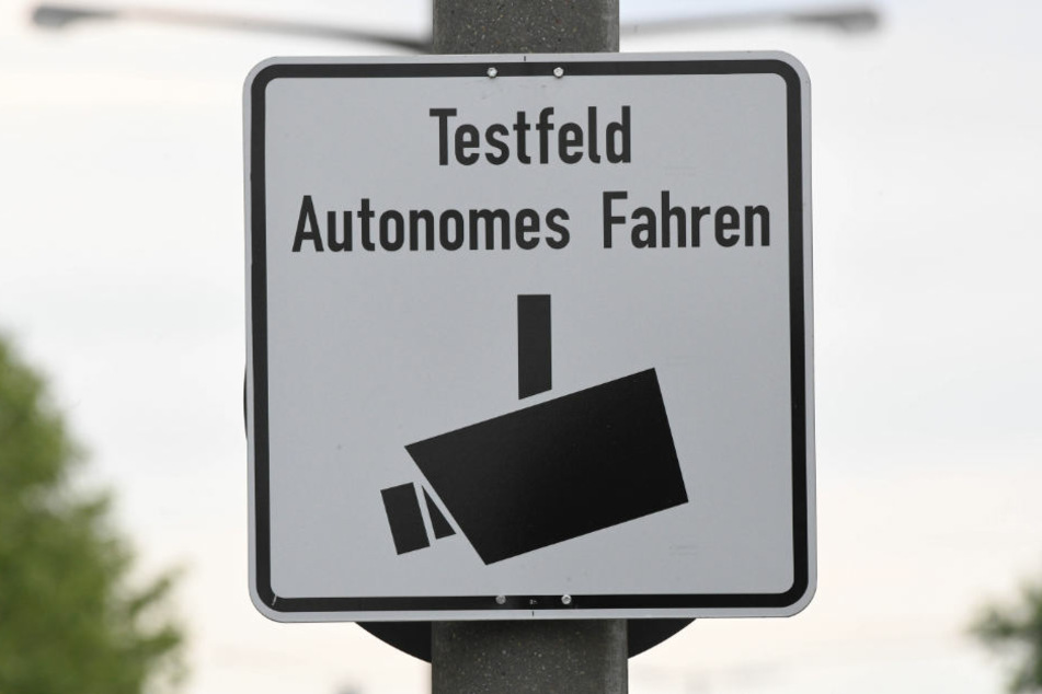 Das Testfeld umfasst Strecken zwischen Karlsruhe, Bruchsal und Heilbronn.