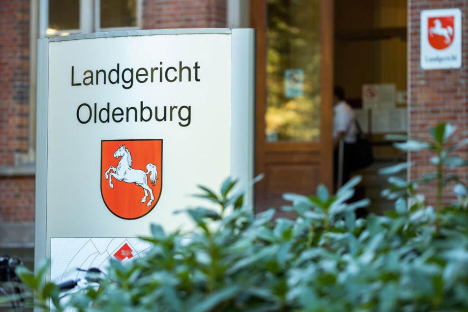 Der Angeklagte musste sich vor dem Landgericht Oldenburg verantworten.