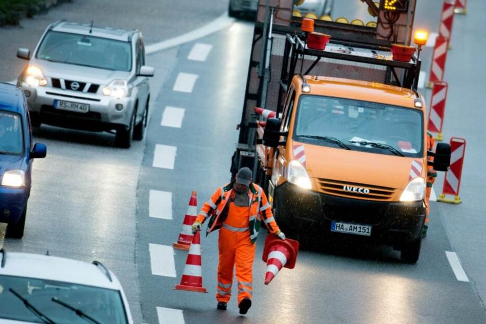 Auch die Autobahn wird von Straßen.NRW dicht gemacht. (Symbolbild)