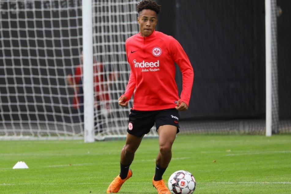 Deji Beyreuther wechselt auf Leihbasis von Bundesligist Eintracht Frankfurt zum CFC.