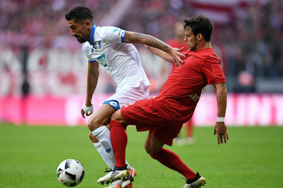 Hoffenheim-TorjägerKerem Demirbay (li.) im Spiel am Sonnabend gegen die Bayern.